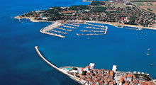 split airport transfers umag